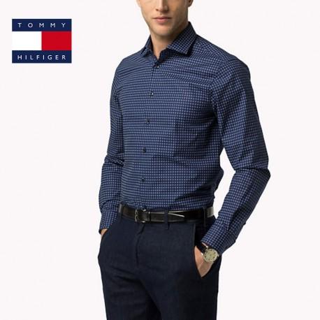 Quels sont les atouts de la chemise Tommy Hilfiger ?